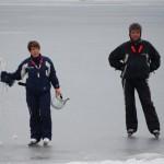Anna-Karin_och_Egon_på_langfardsskridskor